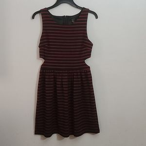2x25 Forever 21 cutout dress black and red size M